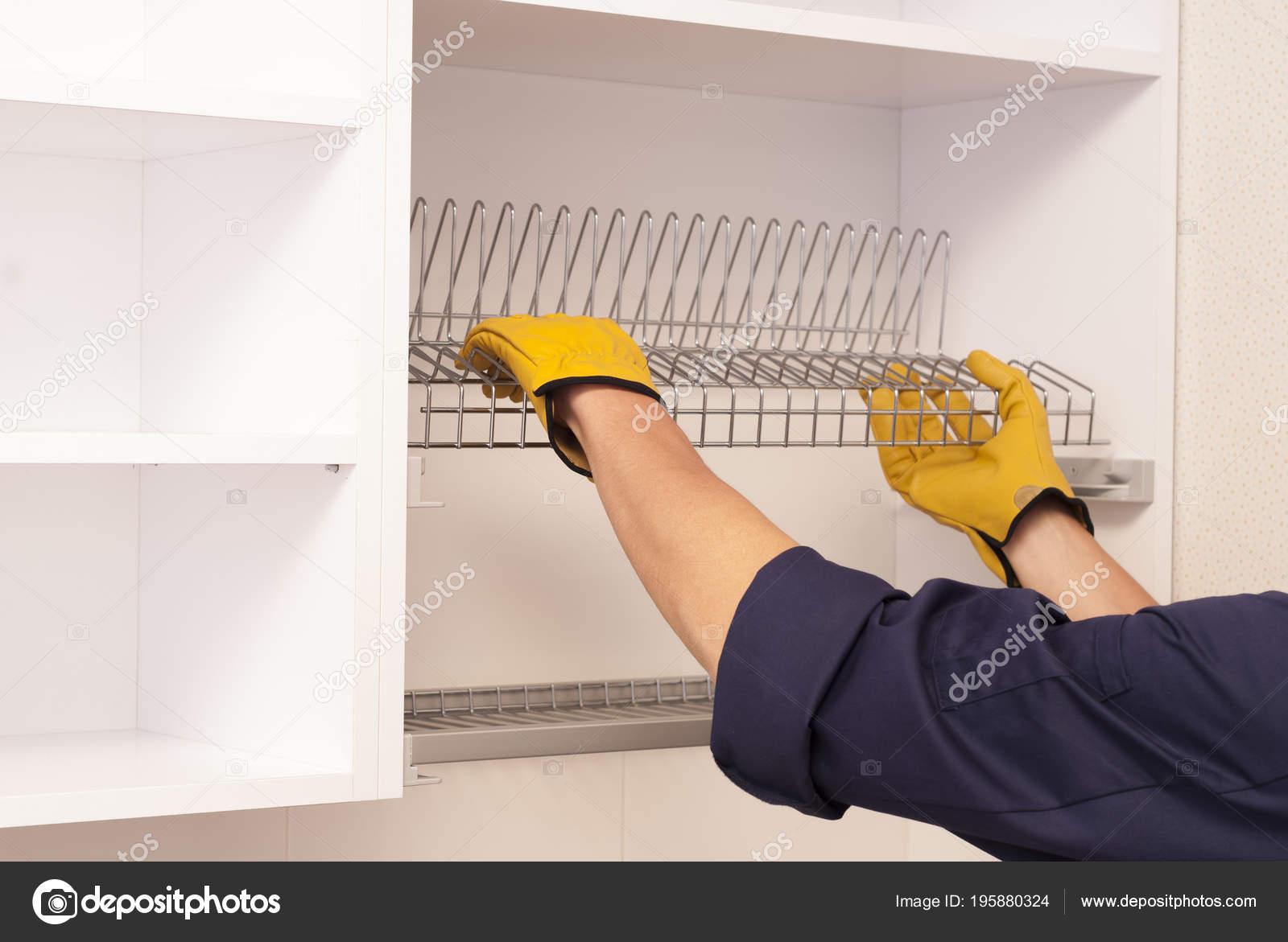 Trabalhador Define Prateleira Para Secar Pratos Arm Rio Cozinha