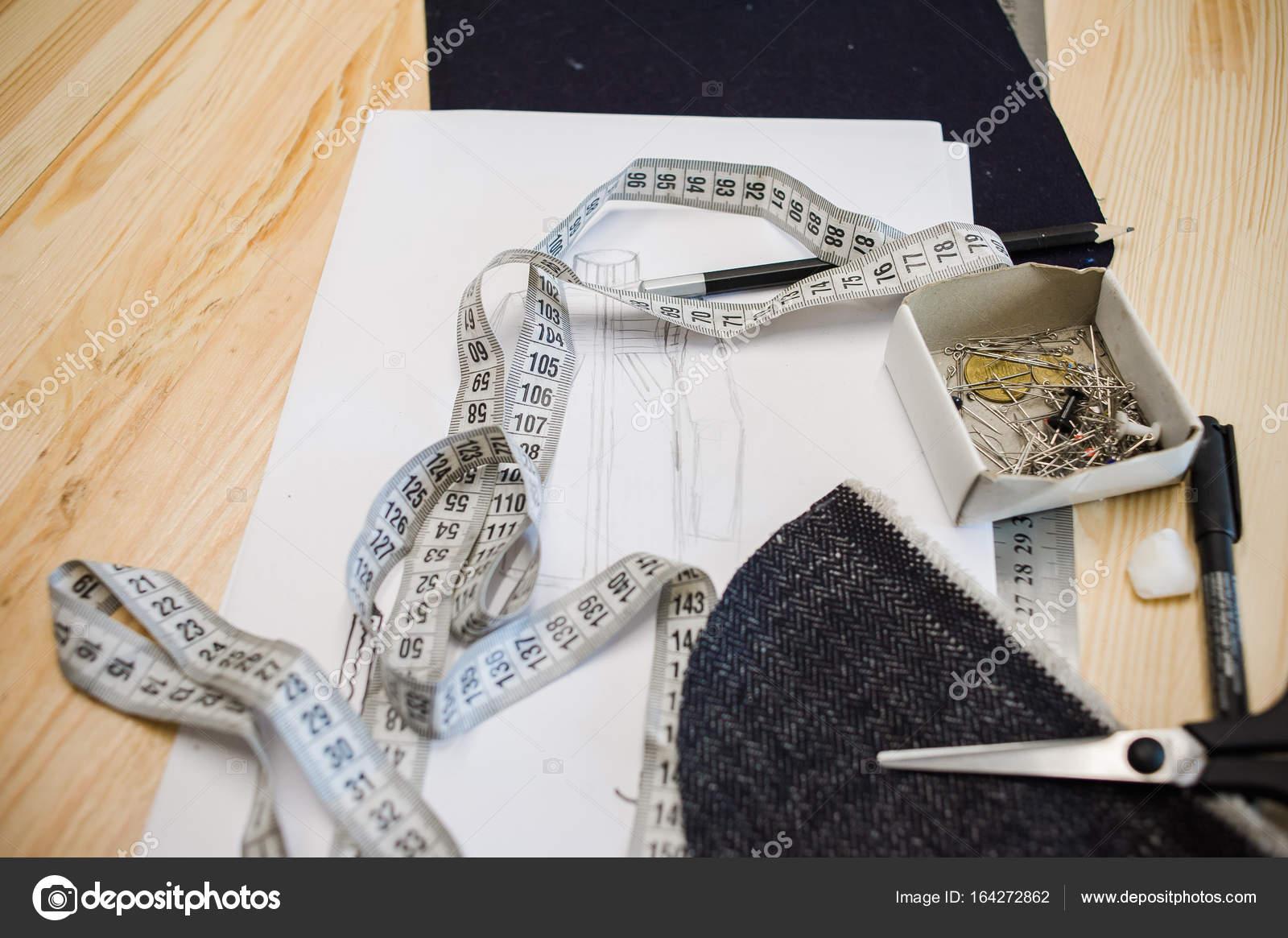 herramientas de taller de costura — Foto de stock © alipko #164272862