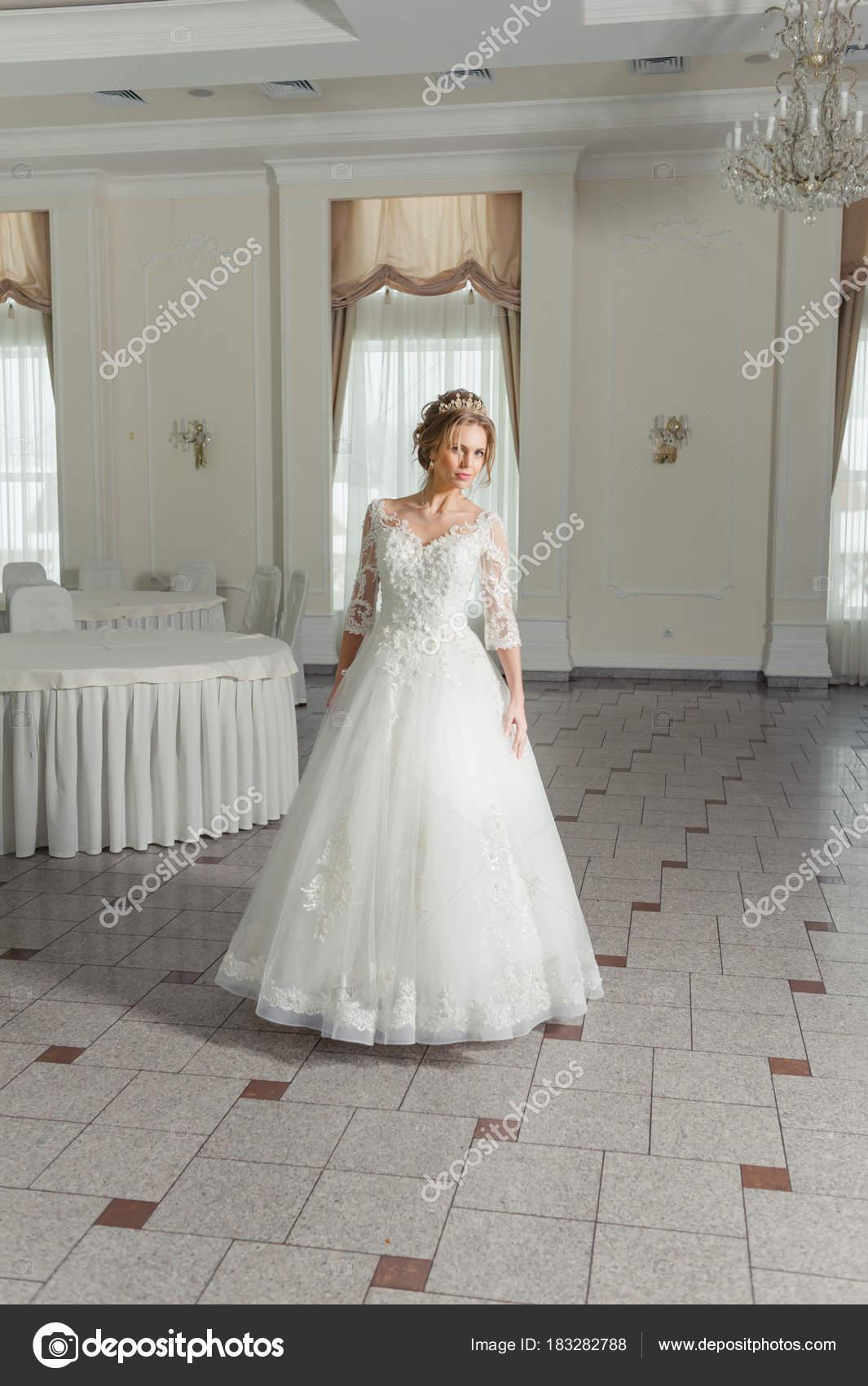 Beste Licht Pfirsich Hochzeitskleid Galerie - Hochzeit Kleid Stile ...