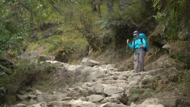 Holky turista v himálajských horách