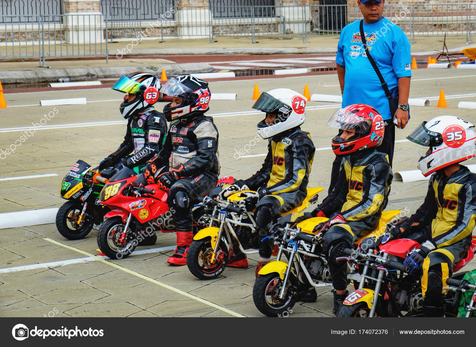 Kids riding at mini-bike competition, Malaysia – Stock Editorial ...