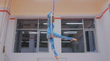 Секса акробаты гимнастки фото онлайн жопу муж