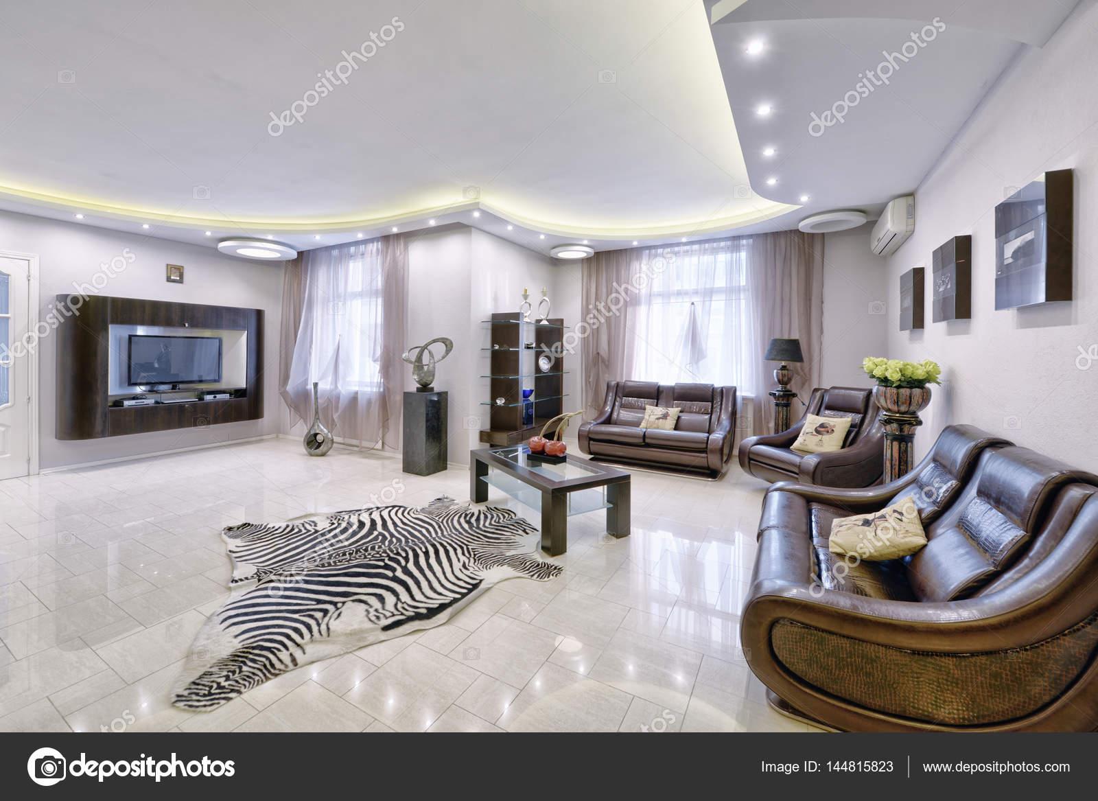 Moderne Innenarchitektur Wohnzimmer, städtische Immobilien ...