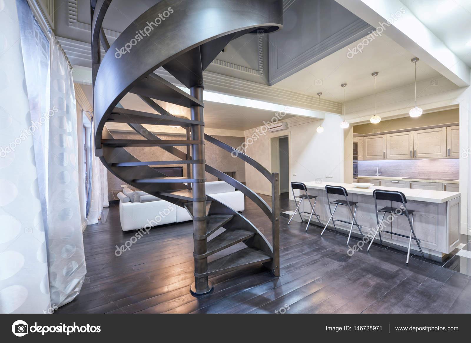 Wenteltrap In Woonkamer : Rusland moskou moderne woonkamer interieur duplex appartement