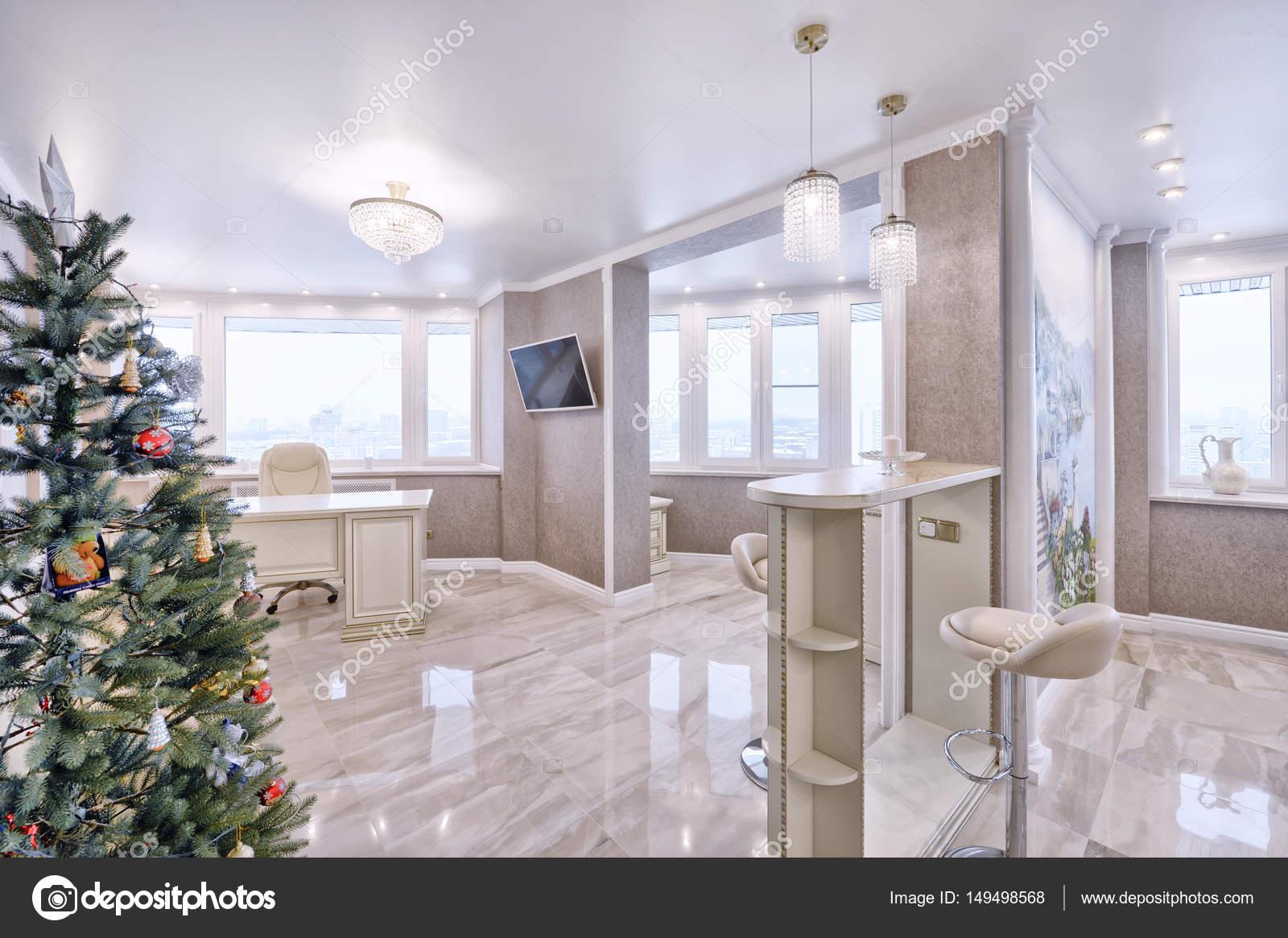 Woonkamer Felle Kleuren : Luxe woonkamer interieur u2014 stockfoto © ovchinnikovfoto #149498568