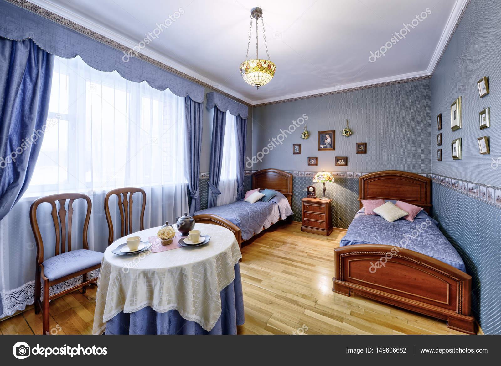 Interieur-design-schönes Schlafzimmer in Luxusvilla — Stockfoto ...