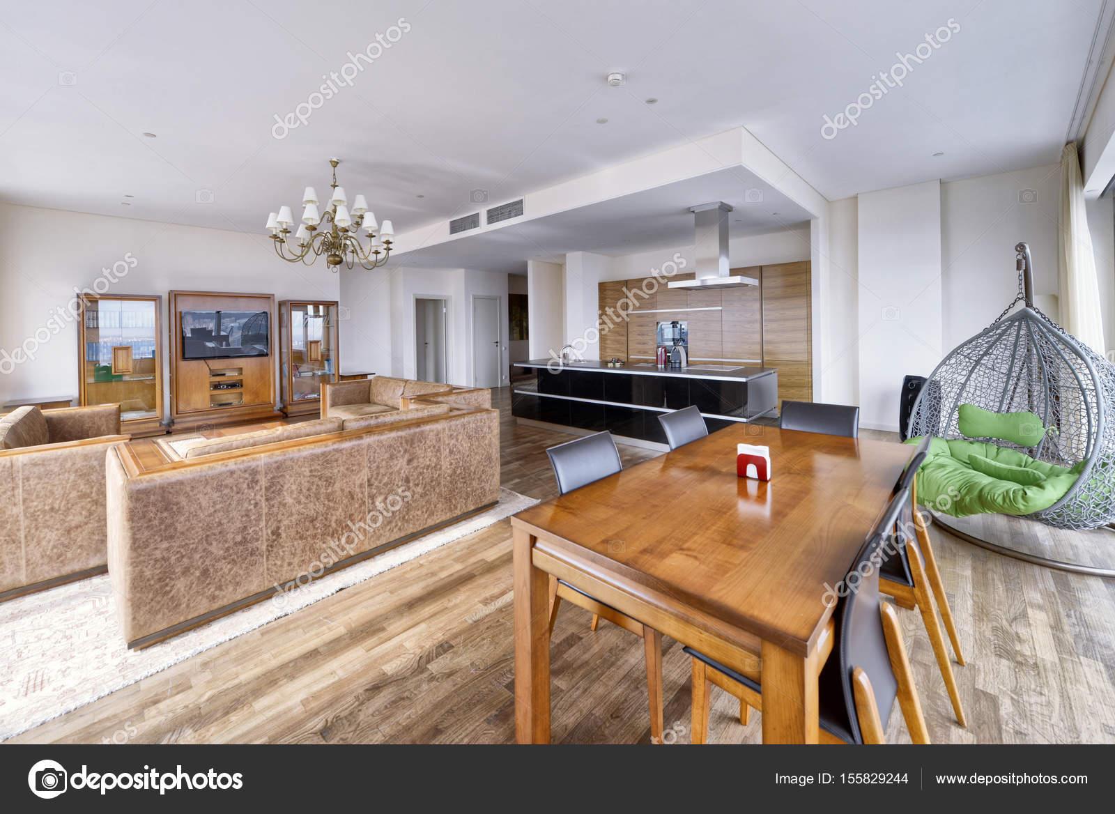 Luxe woonkamer interieur — Stockfoto © ovchinnikovfoto #155829244