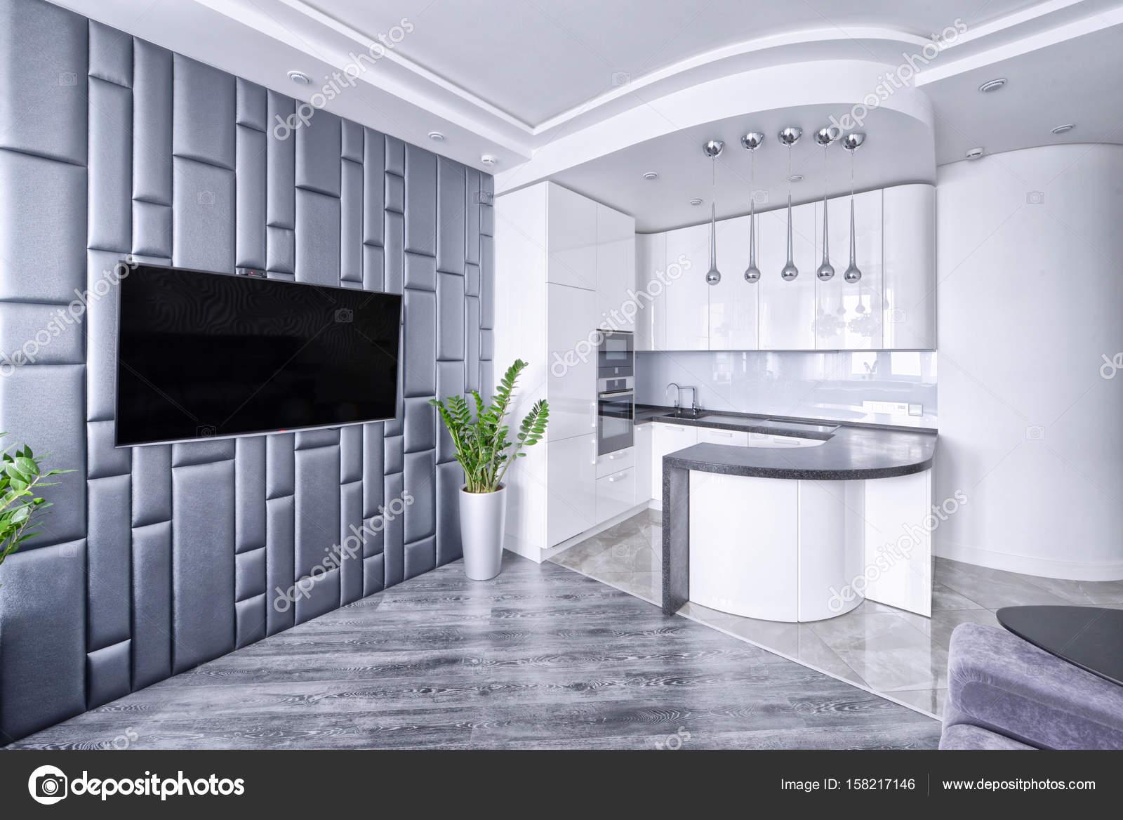 Moderne design interieur kamer met witte hoogglans keuken in een ...