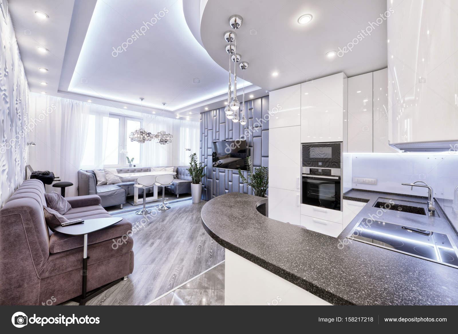 espace intrieur design moderne avec cuisine blanc brillant dans un appartement de luxe dans des tons