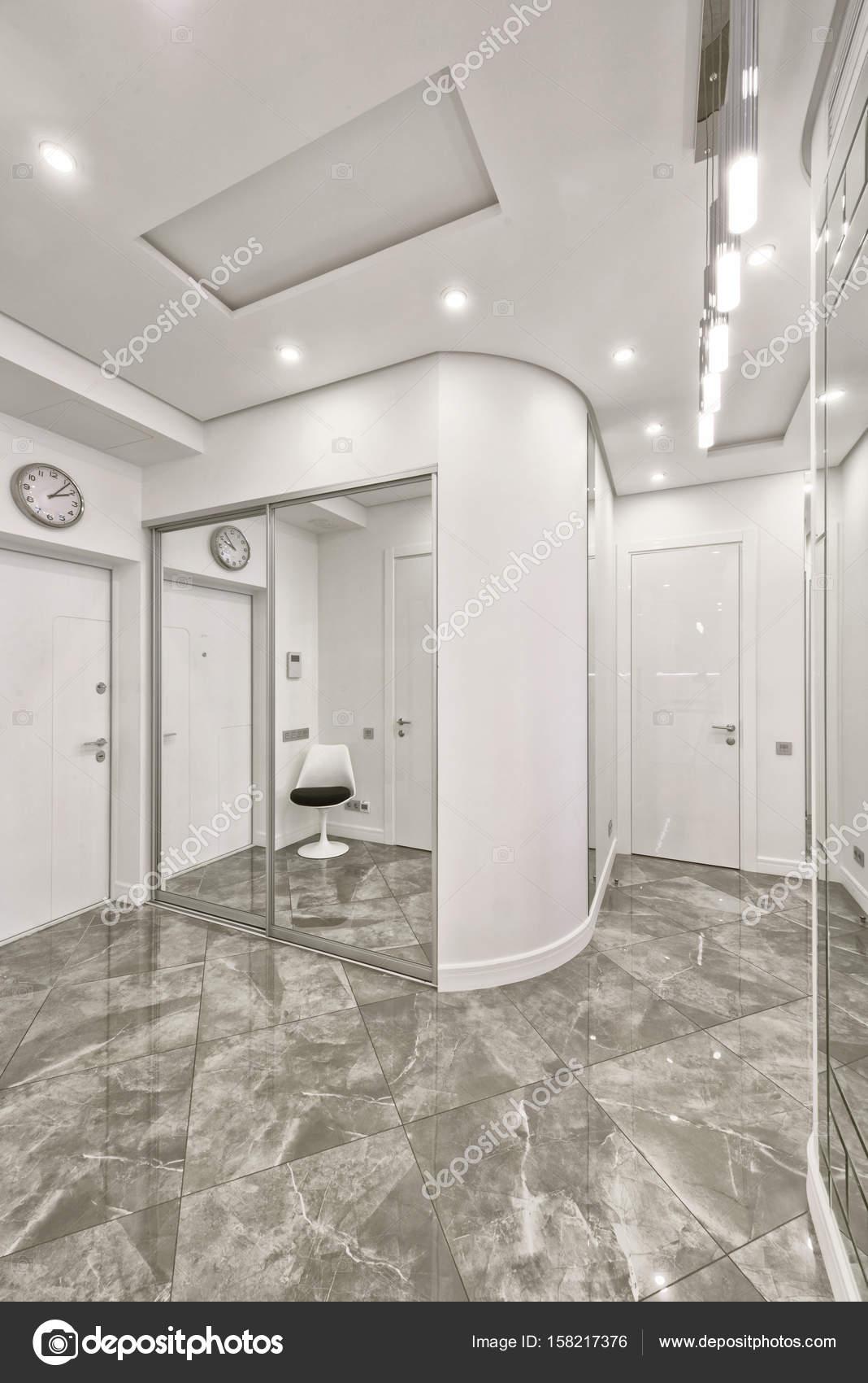 Innenarchitektur Halle russland moskau die innenarchitektur der halle in eine neue