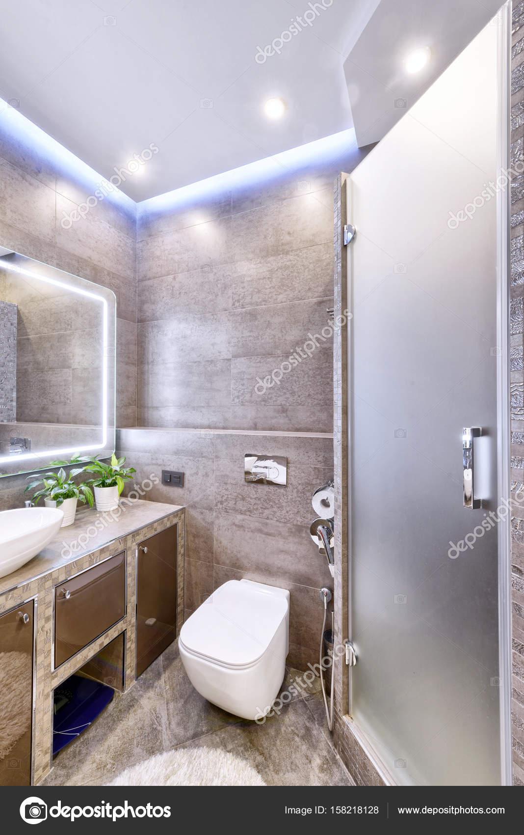 Interior Design stilvolle Badezimmer Luxus-Haus — Stockfoto ...