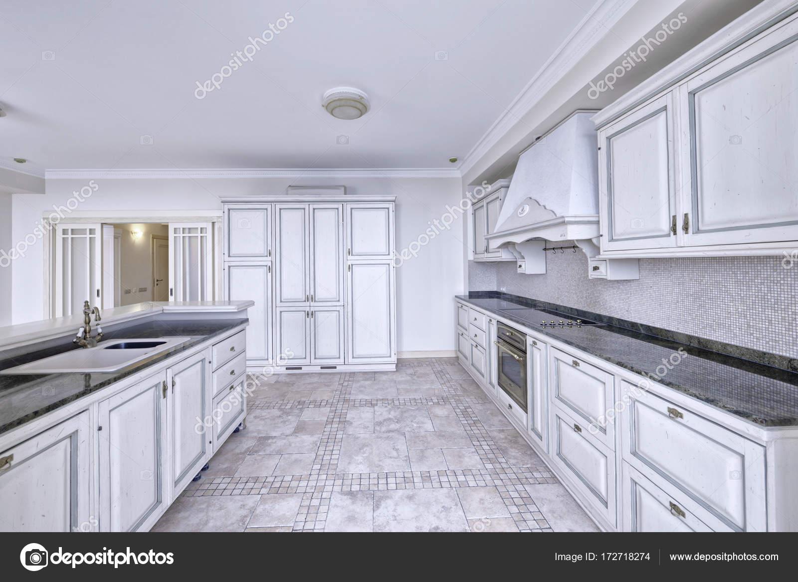 Cuisine, Salle à Manger, Poêle, Réfrigérateur, Four, Vaisselle, Chaises,  Bar, Cuisinier, Alimentaire, Appartement De Vacances Maison, Appartement,  New, ...