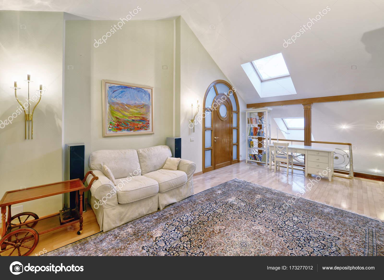 Woonkamer sofa stoel tabel meubilair vrije tijd appartement