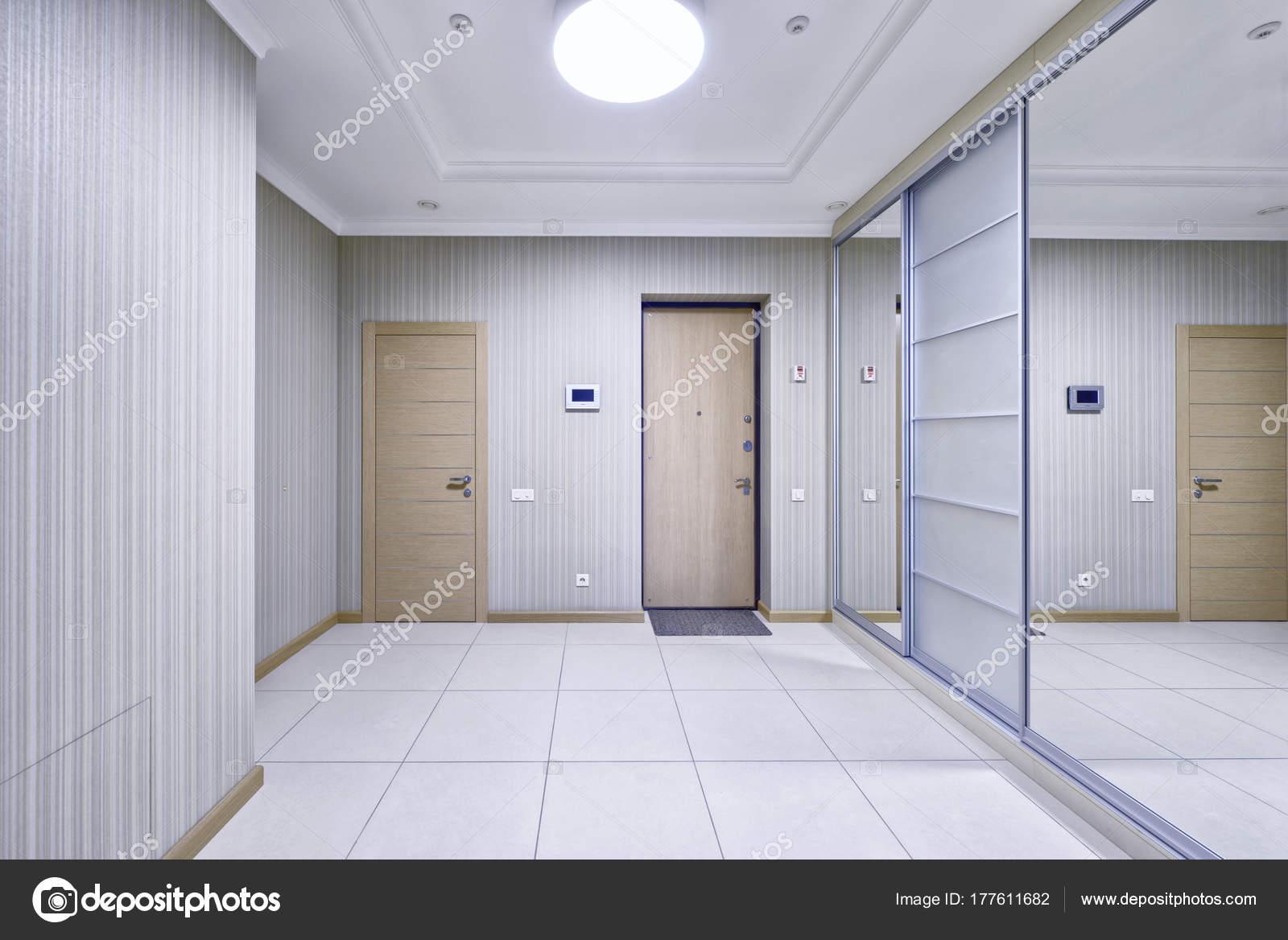 Innenarchitektur Halle russland moskau die innenarchitektur der halle eine neue wohnung