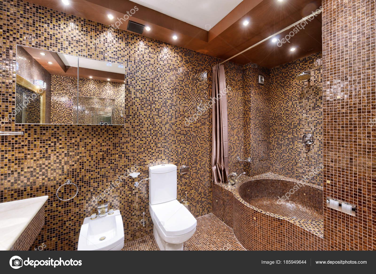 Diseno Interiores Casa Lujo Cuarto Bano Elegante Fotos De Stock - Casa-de-diseo-de-interiores