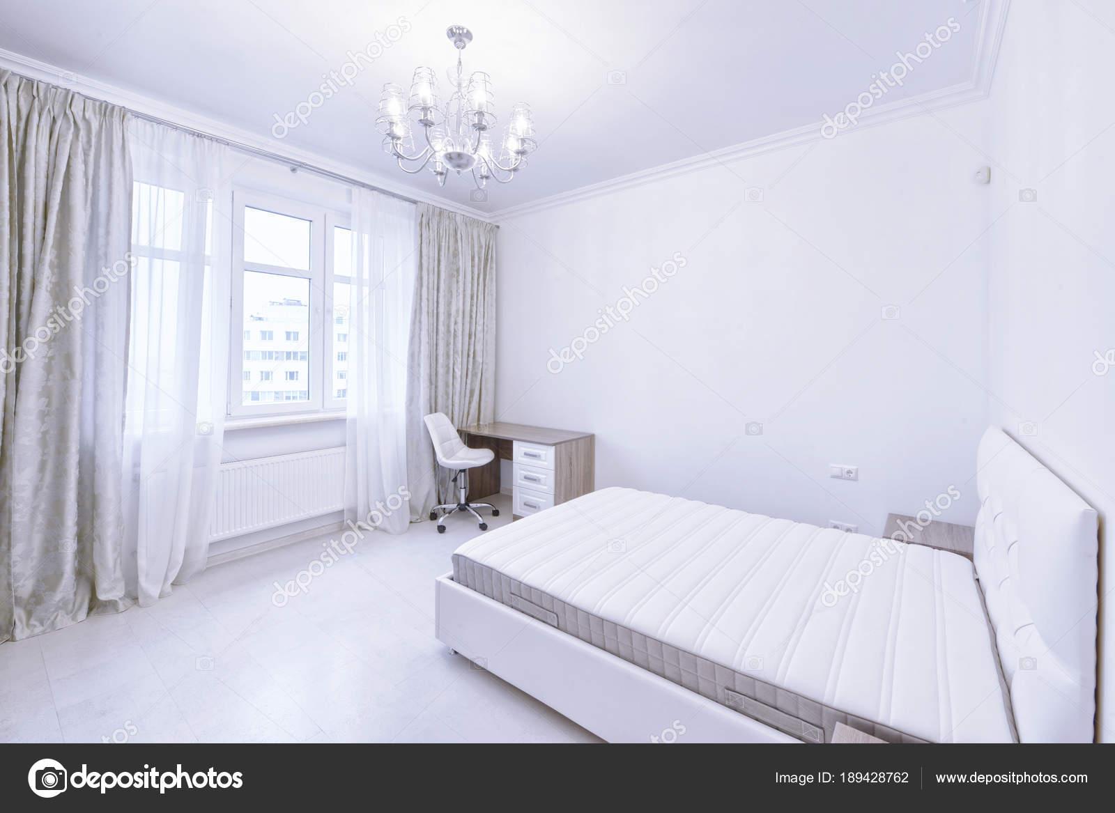 Slaapkamer Interieur Witte Kleur Modern Huis — Stockfoto ...
