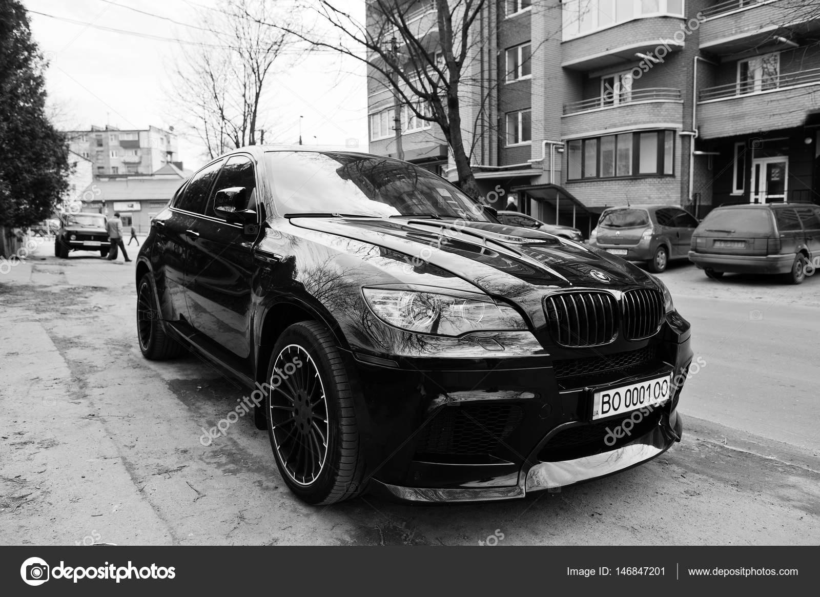 Kiev Ukraine March 22 2017 Black Bmw X6 M Performance At St