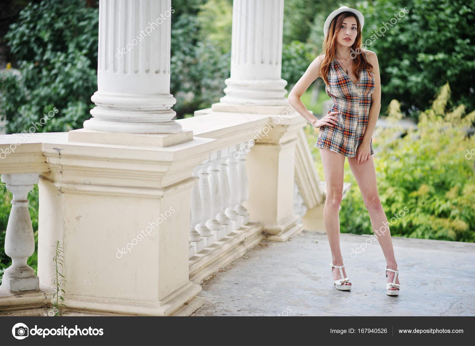 Члены секс это фото девушку длинные ножки фильм