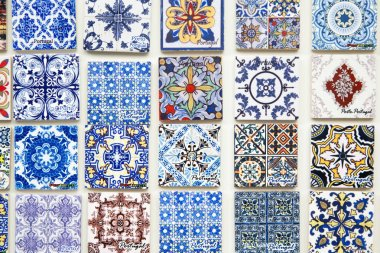 Touristic souvenirs reproducing portuguese tiles in Porto