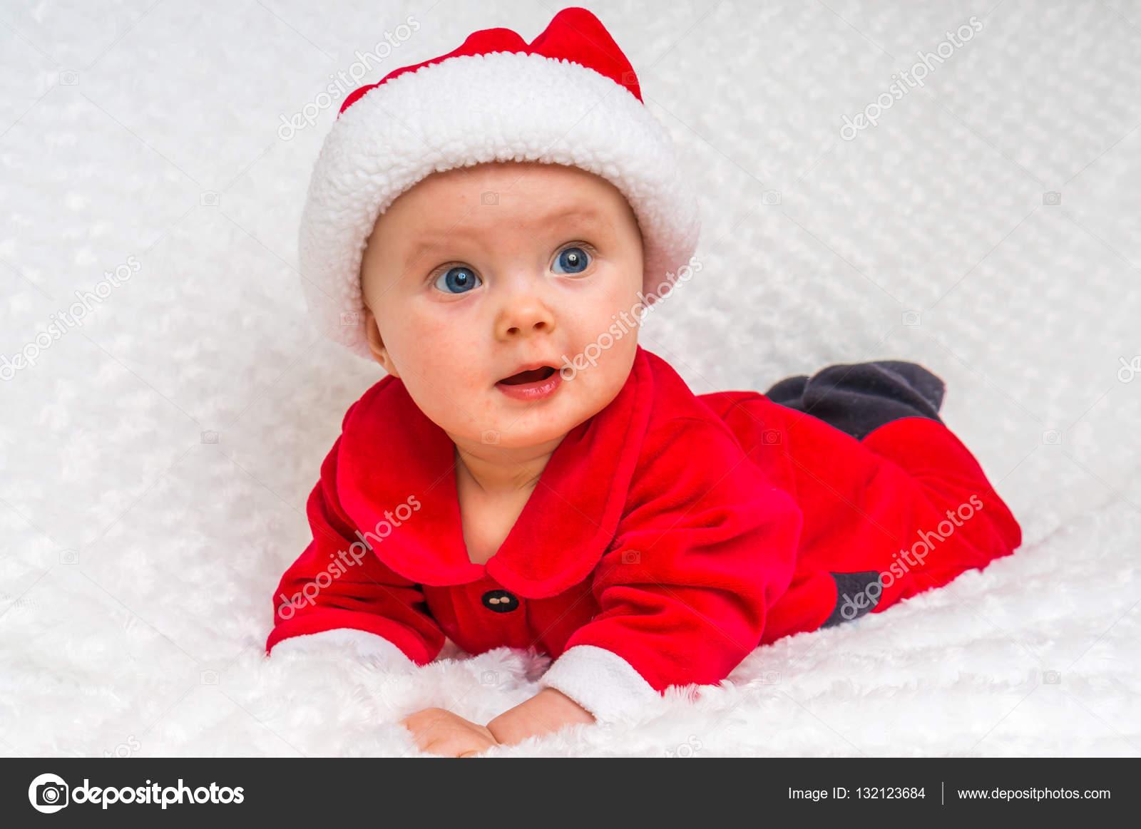 Babykleding Voor Kerst.Grappige Kerst Baby In Santa Claus Kostuum Stockfoto C Andriano Cz