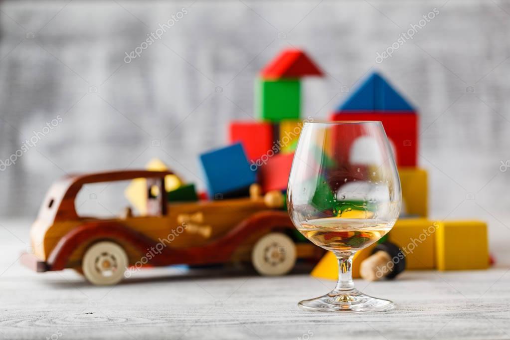 Glas Whisky Und Brocken Das Auto Konzept Mit Dem Trinken Aufzuhören
