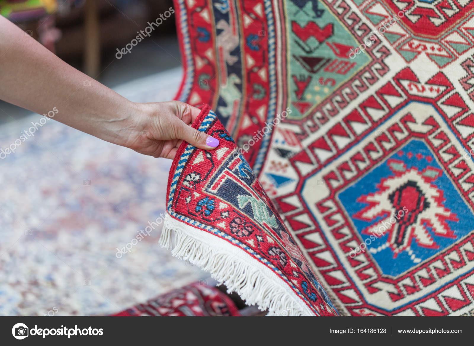 Tappeti Kilim Antichi : Tappeti kilim antichi caucasico georgiano u foto stock