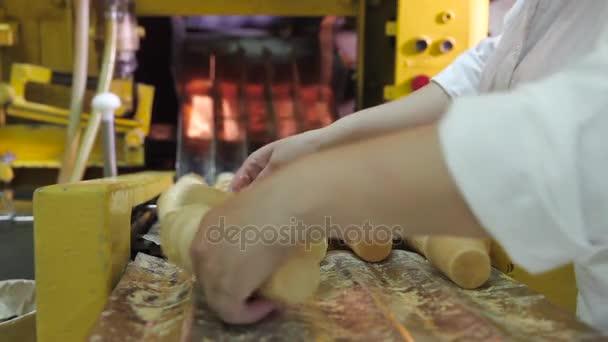 Výroba oplatka poháry na zmrzlinu