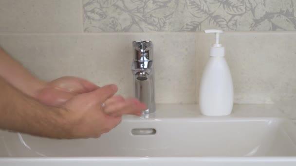 Celý cyklus správného důkladného mytí rukou