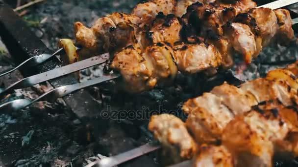 Мясо жаренное с печенью и луком пошагово с фото