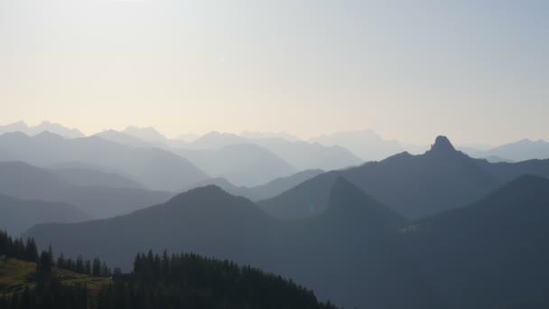 Nádherný pohled na Bavorské Alpy v Německu