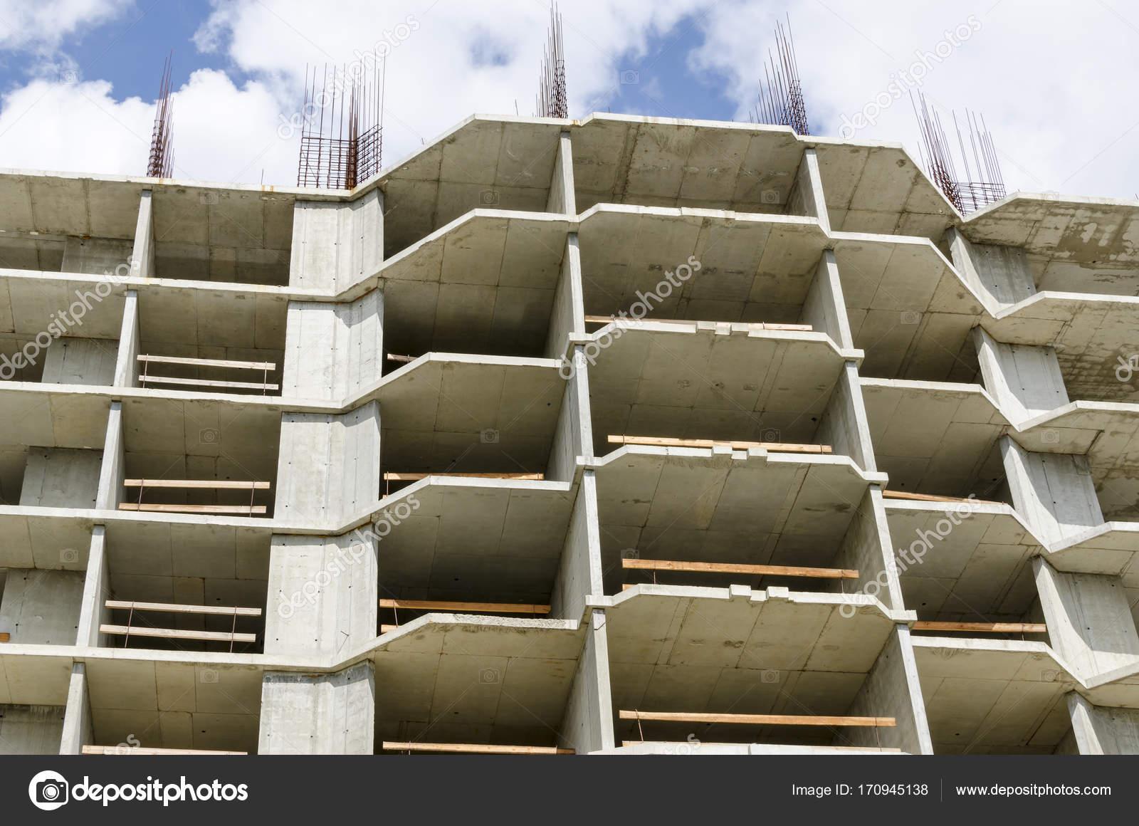 Betonrahmen eine Gebäude-Nahaufnahme — Stockfoto © uhfybn #170945138