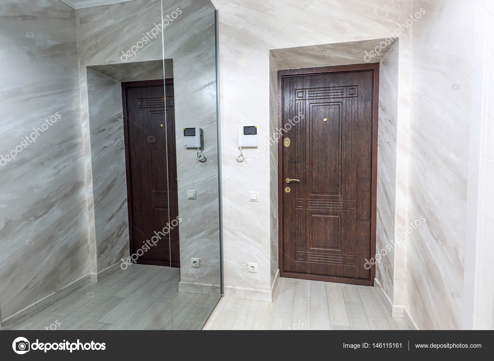 Stock Foto weiße Wohnung innen Halle design — Stockfoto © frimufilms ...