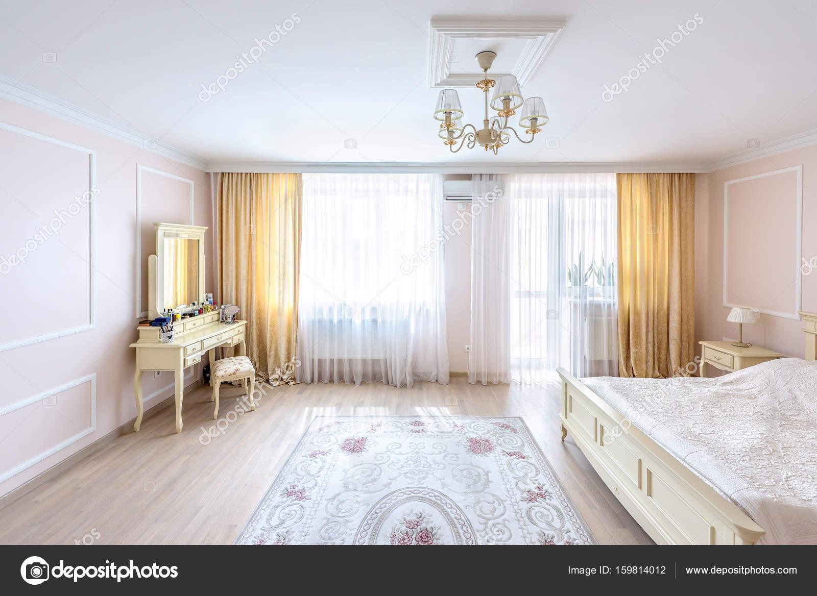 Camera da letto interior design appartamento bianco u2014 foto stock