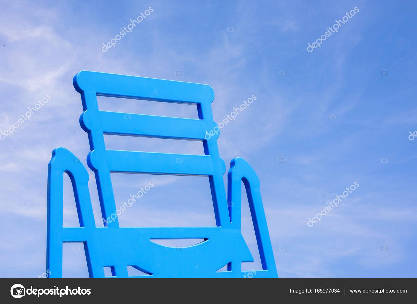 Sedie Blu Nizza : Sedie blu del lungomare di nice cote dazur u foto stock