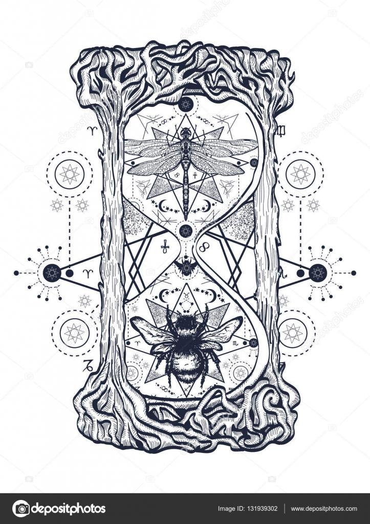 Sanduhr gezeichnet tattoo  und Libelle in der Sanduhr mystische tattoo — Stockvektor #131939302