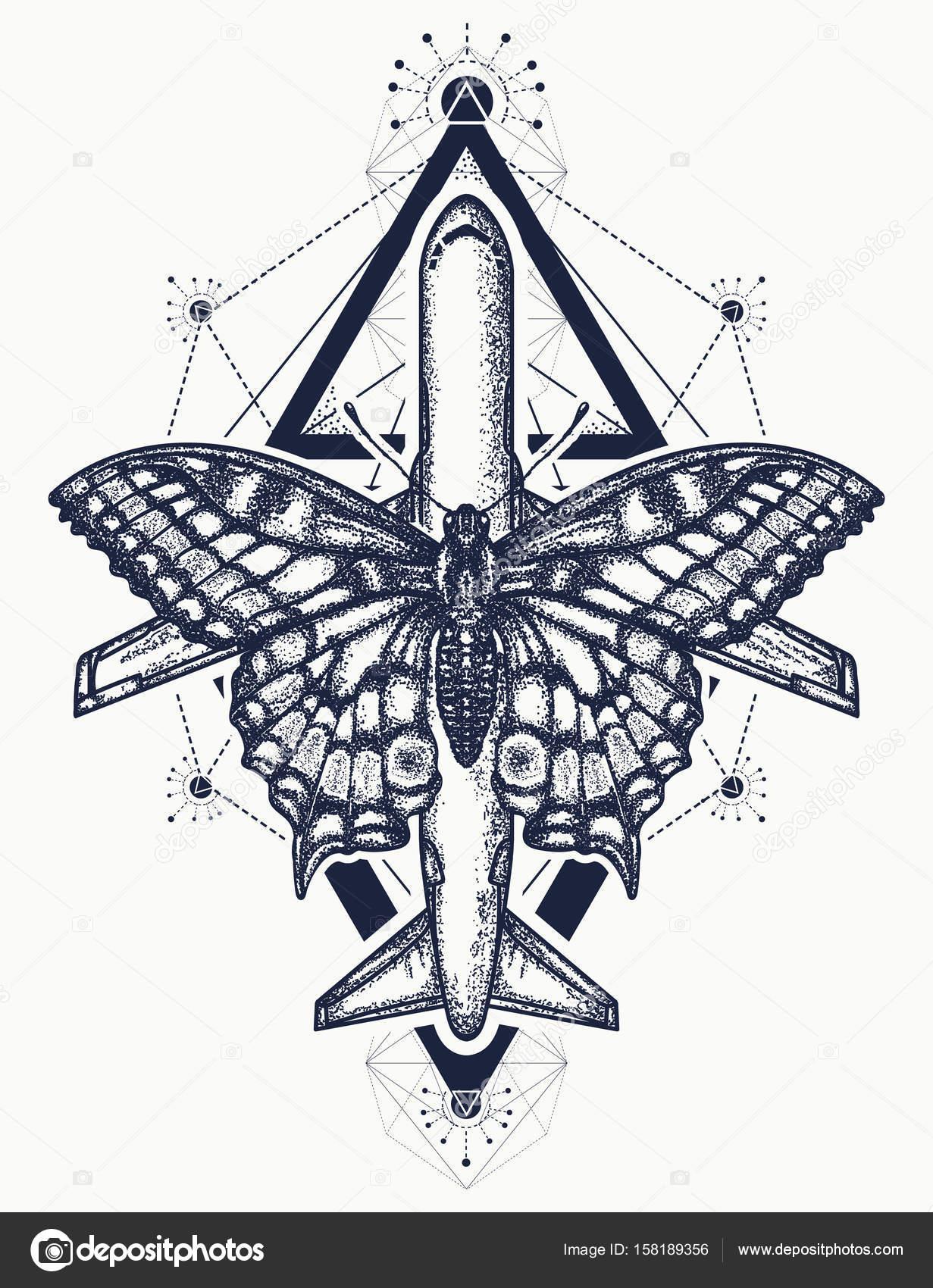 Tatouage Papillon Et Avion Symbole De Reve Tourisme Voyage