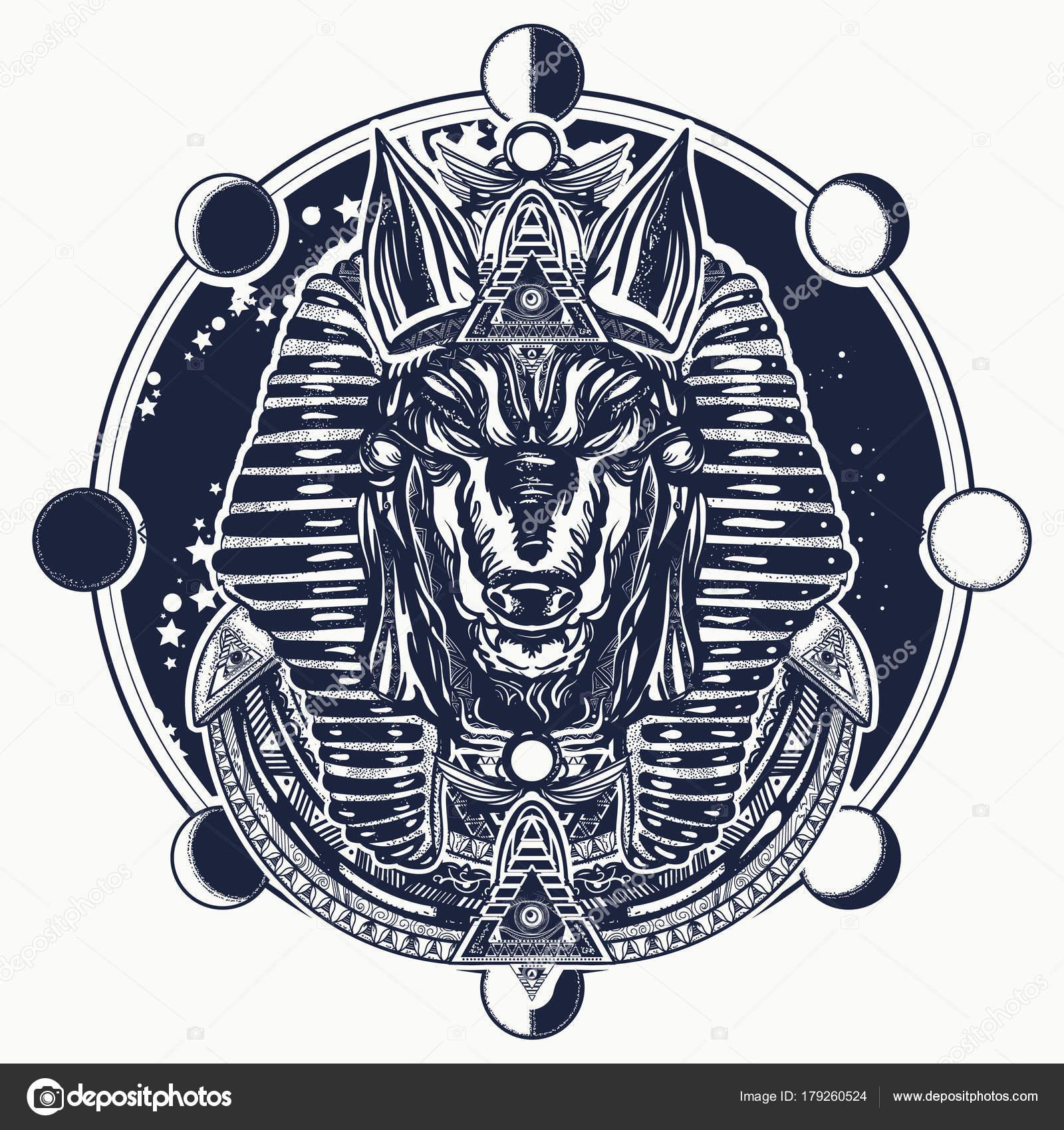 Anubis Et Lune Phase De Conception De Tatouage Et De T Shirt L