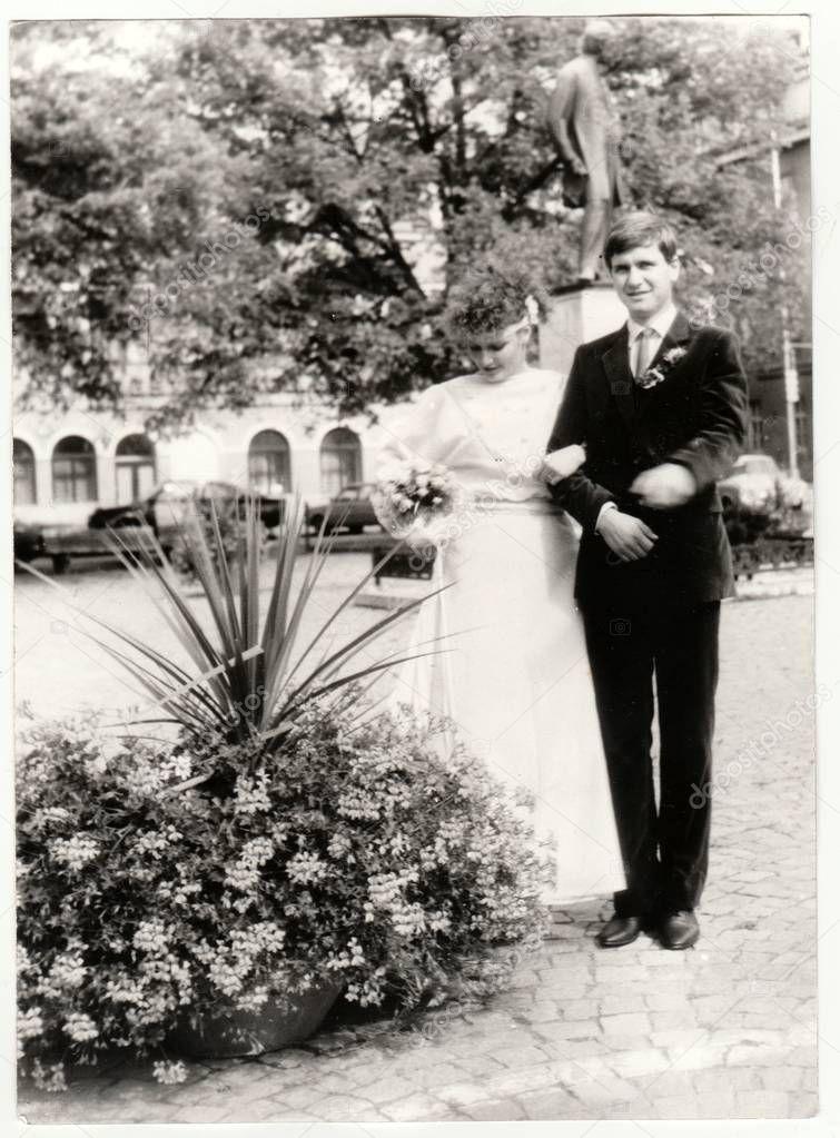 Vintage Foto Zeigt Eine Braut Mit Brautigam Braut Halt