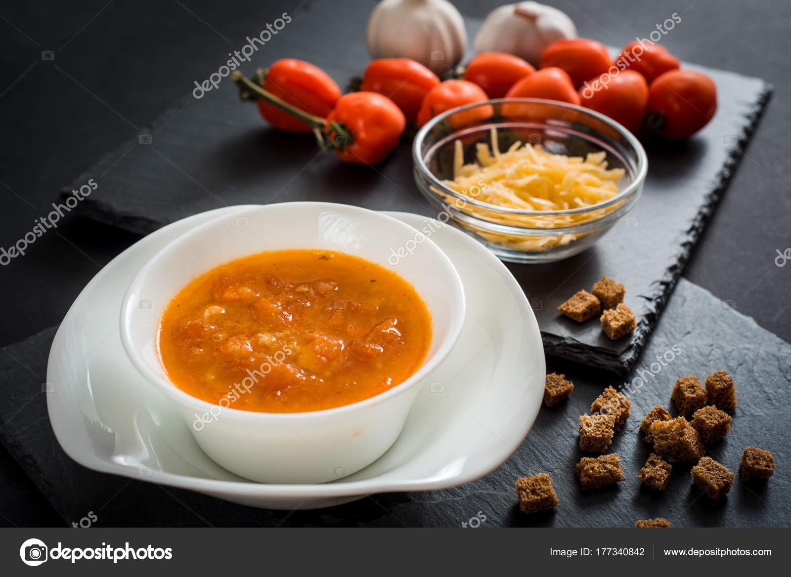 Томатный суп с сыром и чесноком — 5