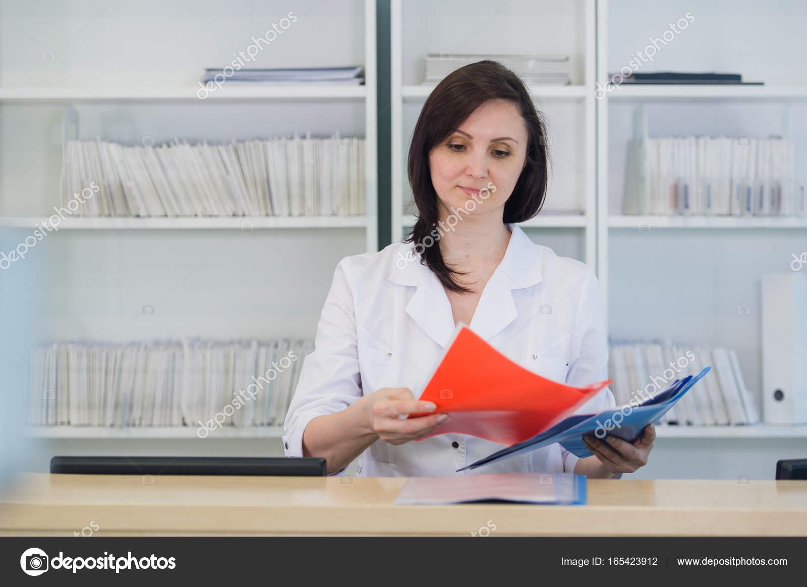 Czy lekarze umawiają się z pielęgniarkami