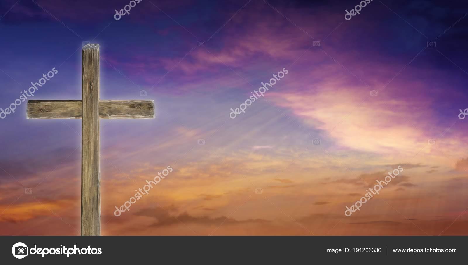 Coucher Soleil Lever Soleil Avec Les Nuages Cross Dans ... on