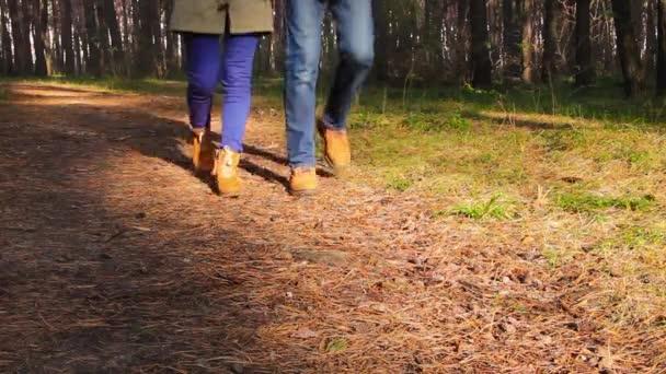 Pár v lese