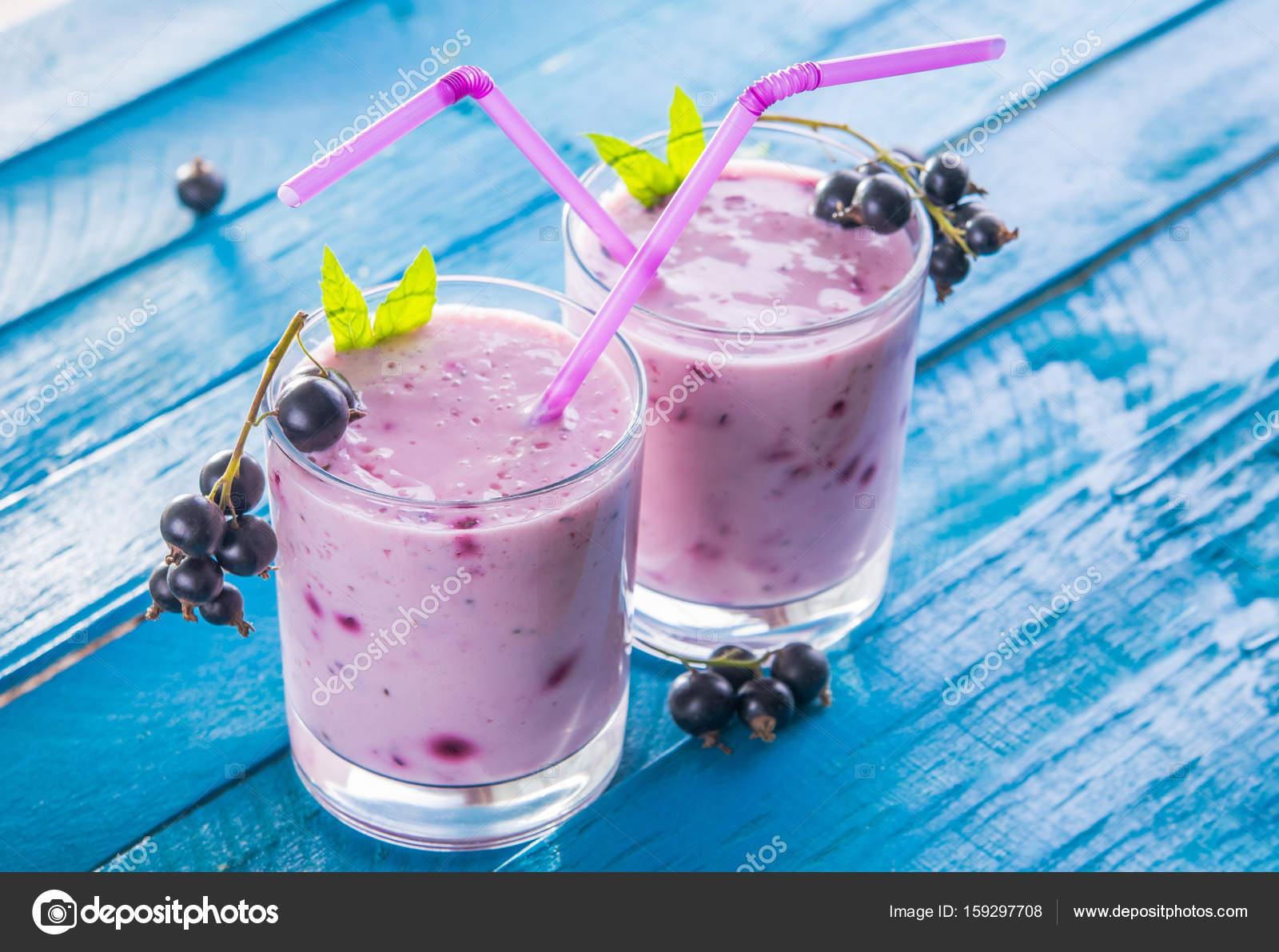 Скачать фруктовый коктейль