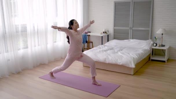 asian-legs-video-sunny-leone-blowjob-video