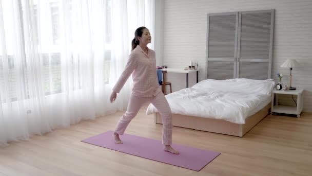 Asian Woman Doing Crotch Hip Stretch Yoga Mat Her Bedroom Stock