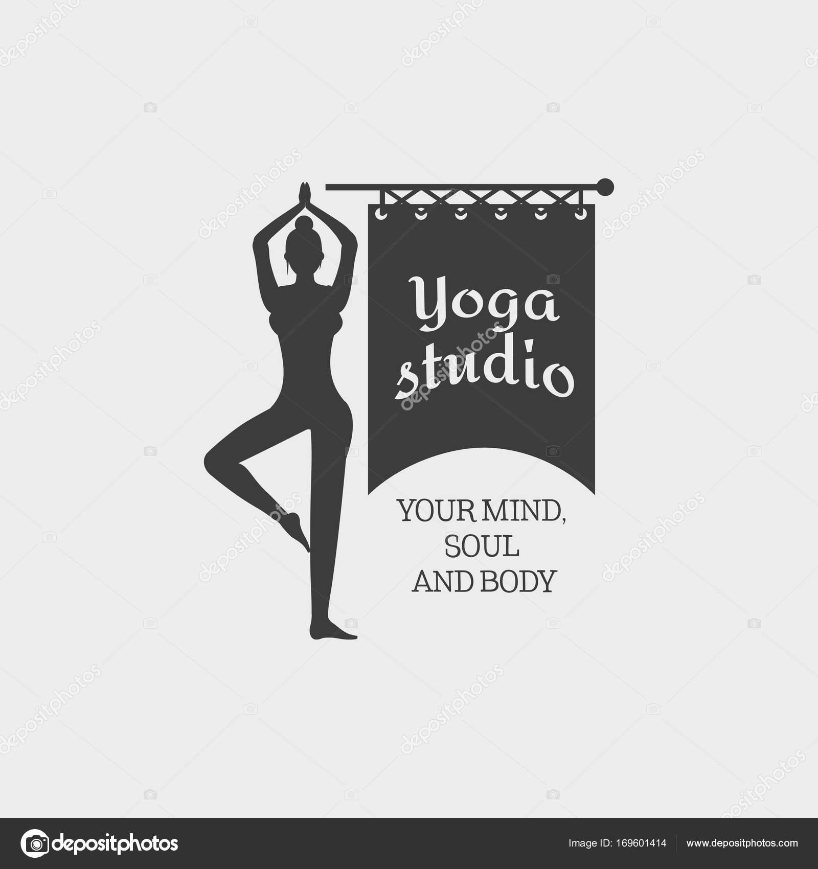 Yoga Studio Tarjeta plantilla — Vector de stock © Woters #169601414