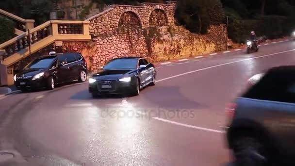 Luxusní černé Audi S8 v Monte Carlo, Monako