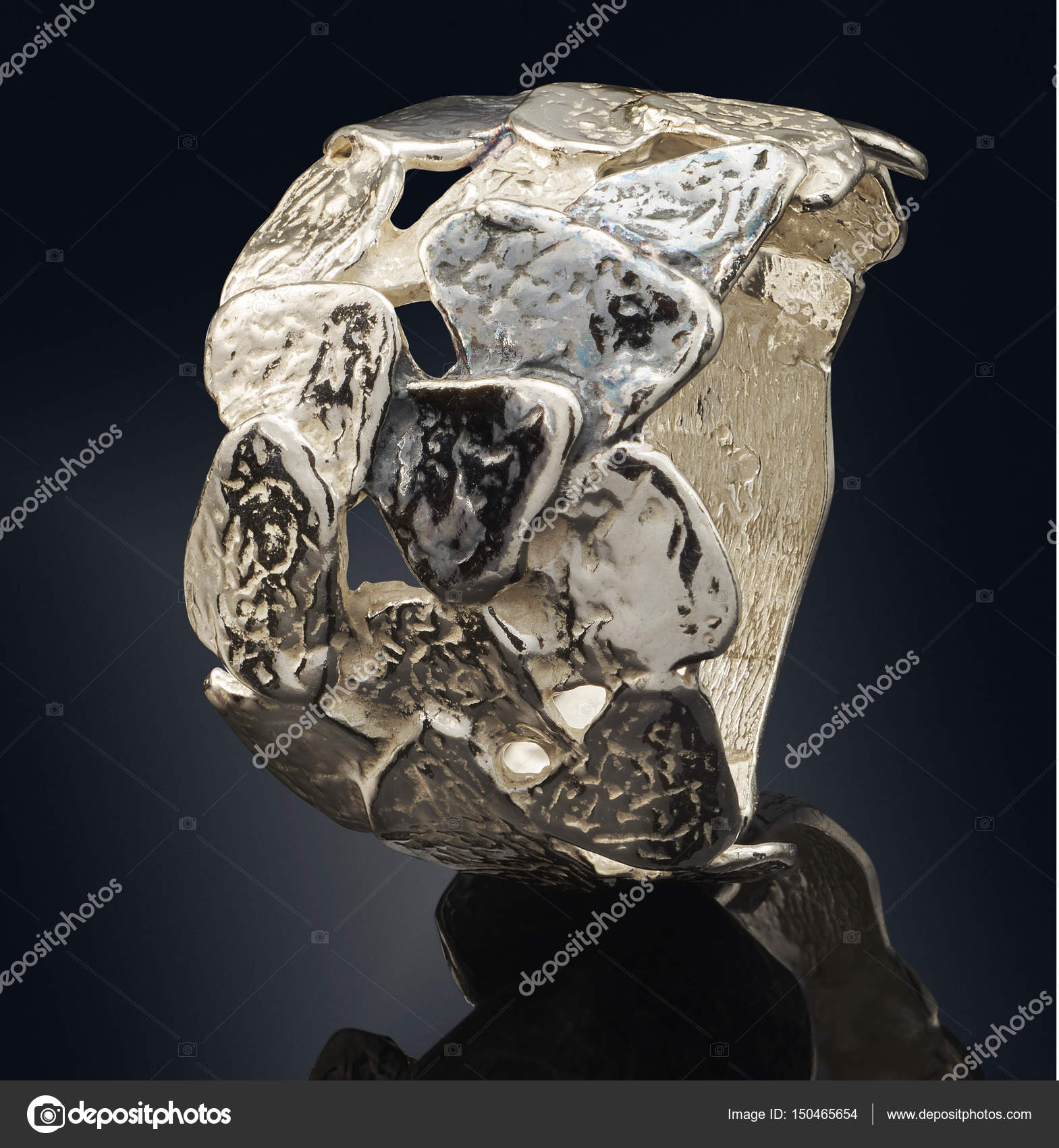 beautiful Golden ring isolated on black background — Stock Photo ...