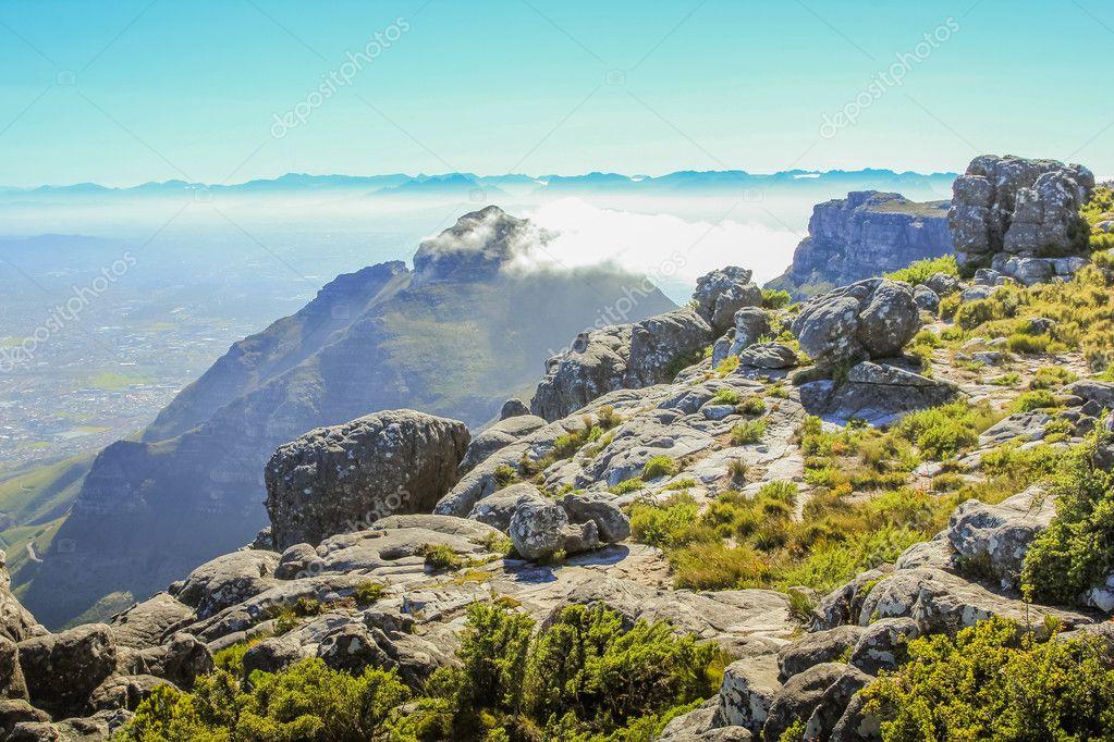 Πίνακας βουνό εθνικό πάρκο桌山国家公园 — 图库照片©bennymarty#125972568