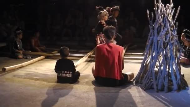 Akha Burmese dance